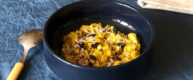 Porridge à l'avoine et au curcuma